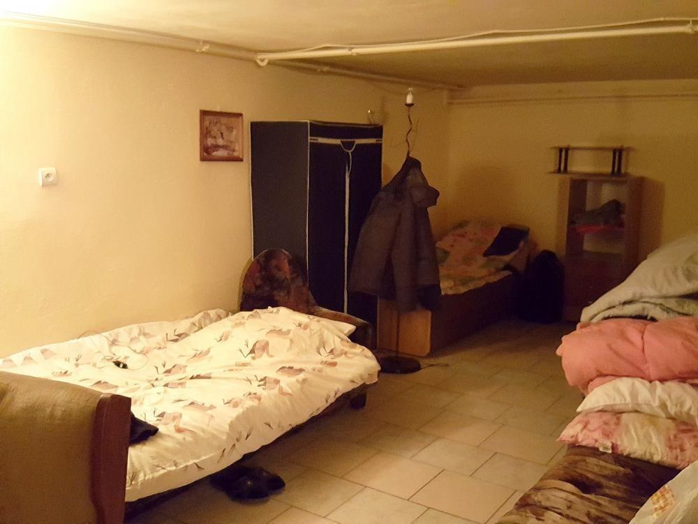 Mieszkanie dwupokojowe na wynajem Chyby  80m2 Foto 2