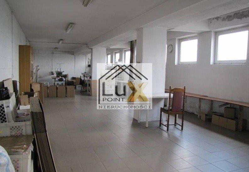 Lokal użytkowy na sprzedaż Łowicz  2000m2 Foto 1