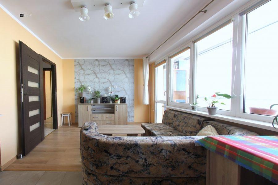 Mieszkanie czteropokojowe  na sprzedaż Białystok, Dziasięciny, Hallera  61m2 Foto 1