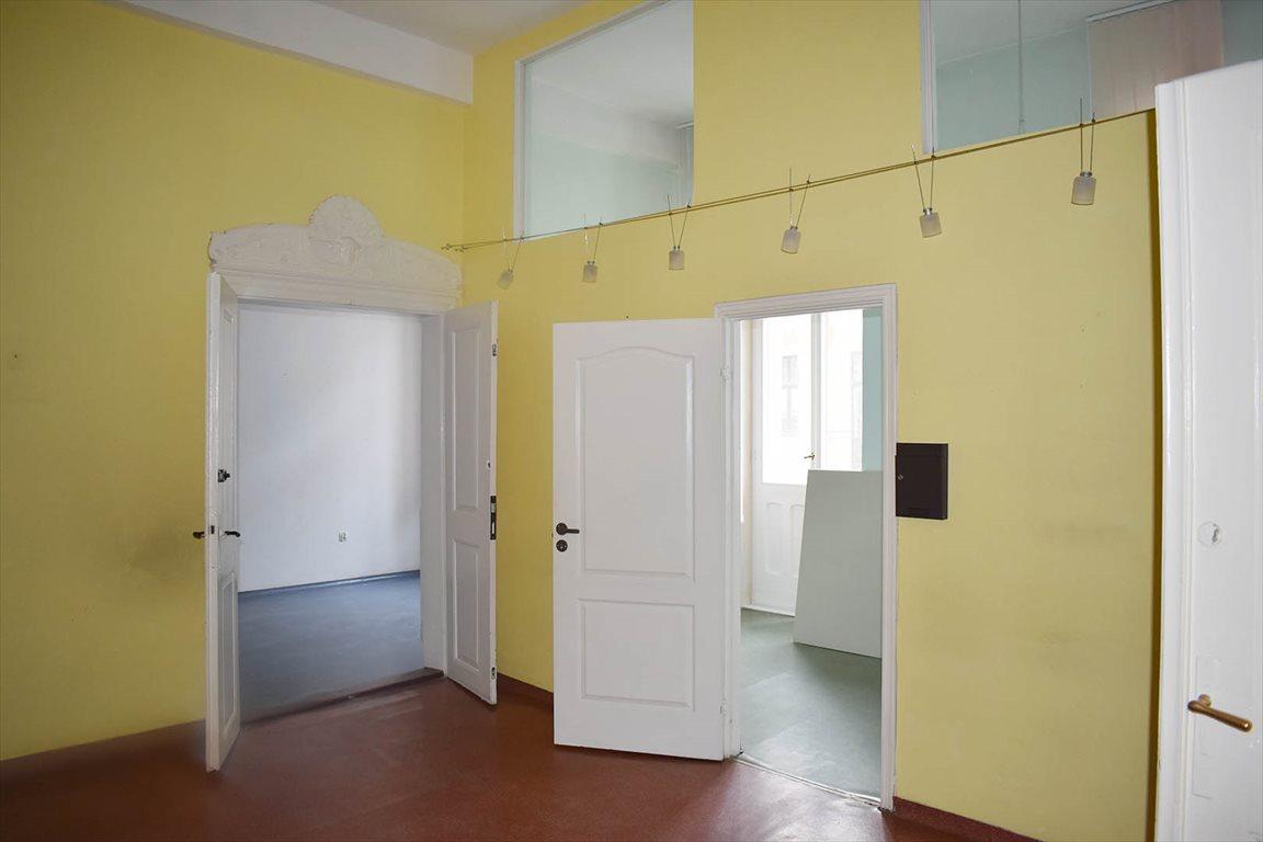 Mieszkanie czteropokojowe  na wynajem Toruń, Stare Miasto  85m2 Foto 3