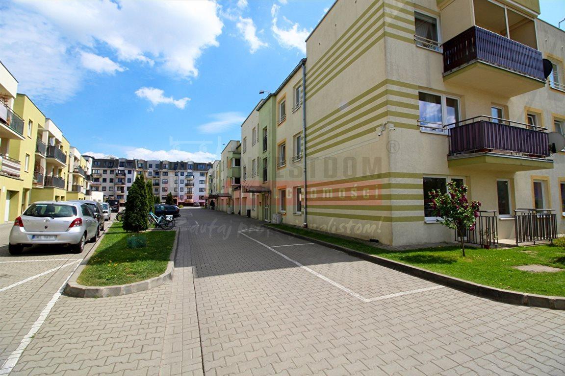Mieszkanie dwupokojowe na sprzedaż Kluczbork  51m2 Foto 2