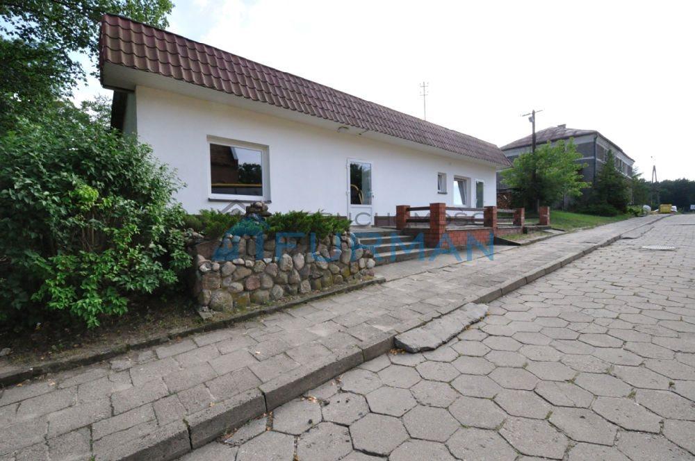 Lokal użytkowy na sprzedaż Człopa  141m2 Foto 1