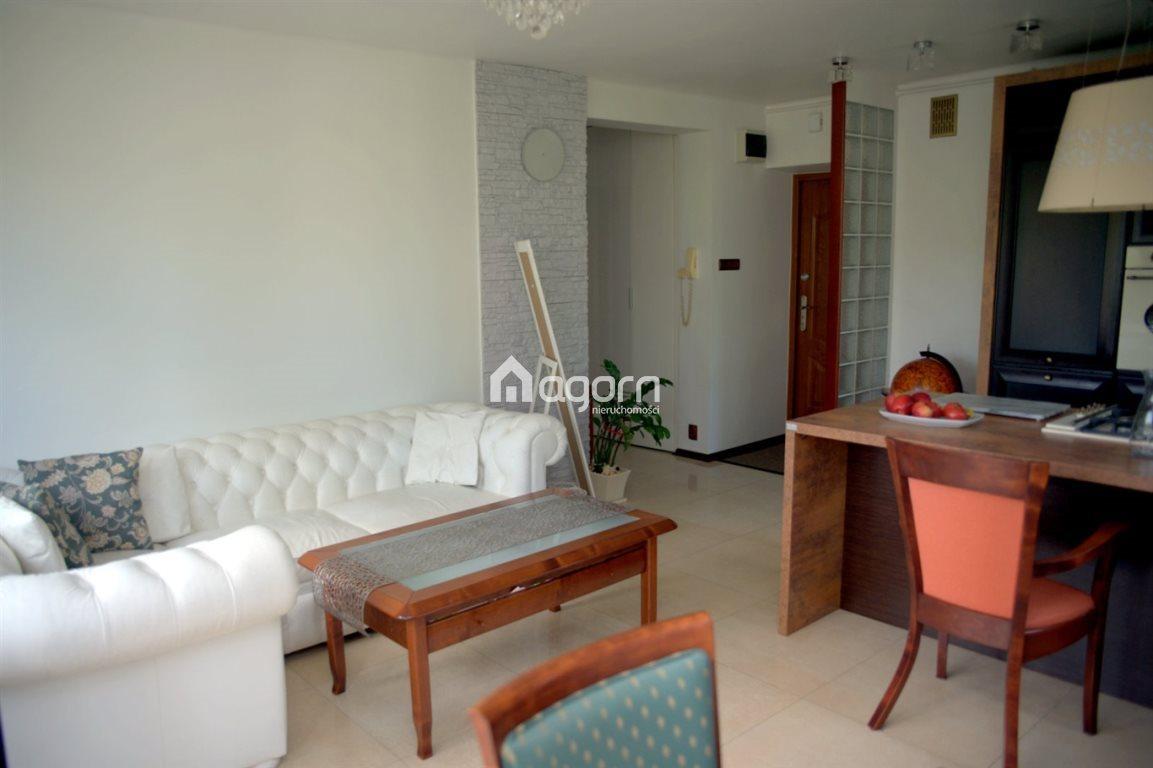 Mieszkanie trzypokojowe na sprzedaż Bielsko-Biała, Leszczyny  57m2 Foto 3