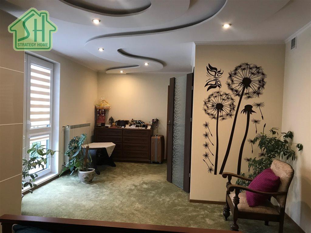 Dom na sprzedaż Siedliska  175m2 Foto 3
