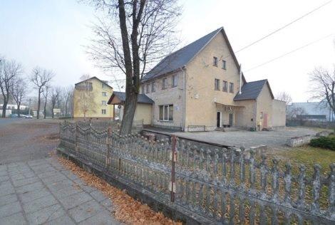 Lokal użytkowy na sprzedaż Murów  250m2 Foto 2