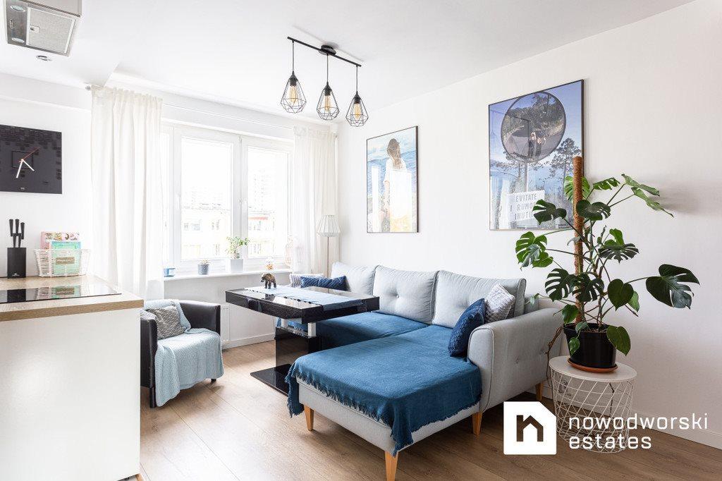 Mieszkanie trzypokojowe na wynajem Poznań, Rataje, Rataje, os. Armii Krajowej  62m2 Foto 2