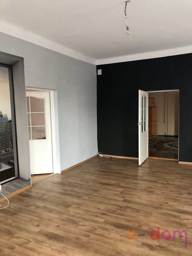 Mieszkanie trzypokojowe na sprzedaż Skarżysko-Kamienna, Staszica  94m2 Foto 2