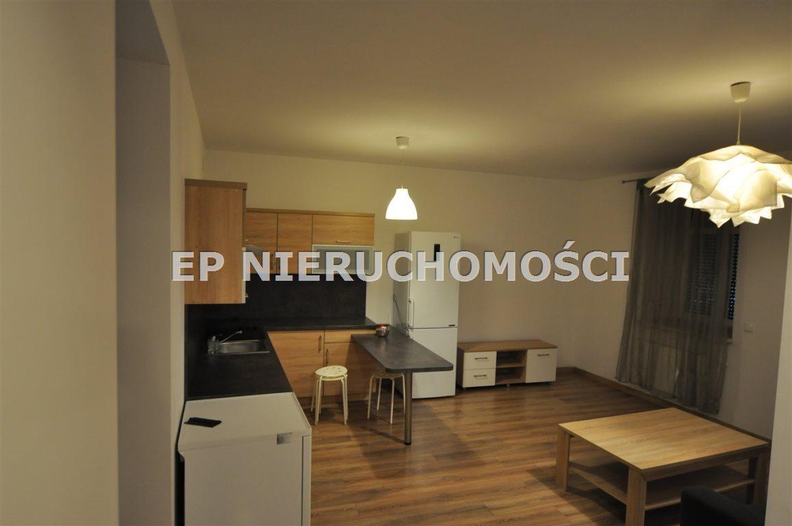 Mieszkanie trzypokojowe na wynajem Częstochowa, Zawodzie  40m2 Foto 2