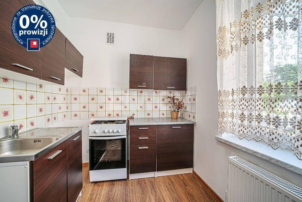 Mieszkanie dwupokojowe na sprzedaż Szczytnica, Centrum  49m2 Foto 1
