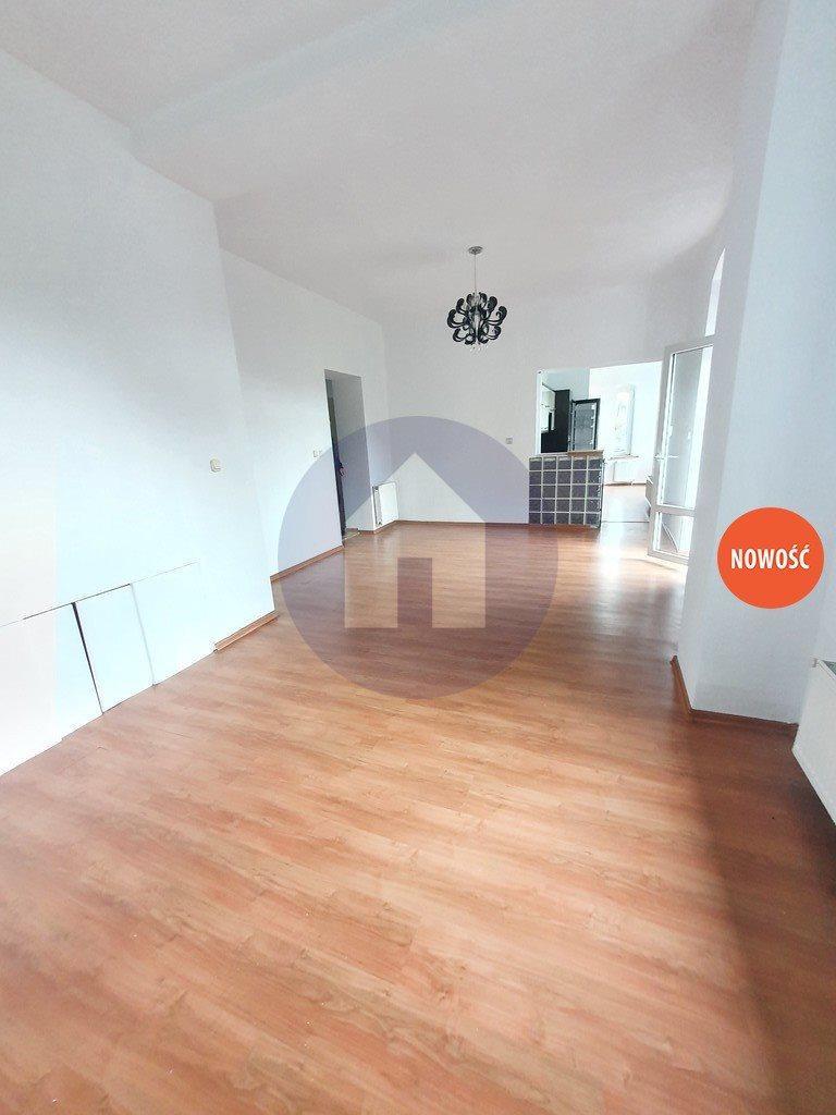 Mieszkanie trzypokojowe na sprzedaż Nowa Ruda  75m2 Foto 2
