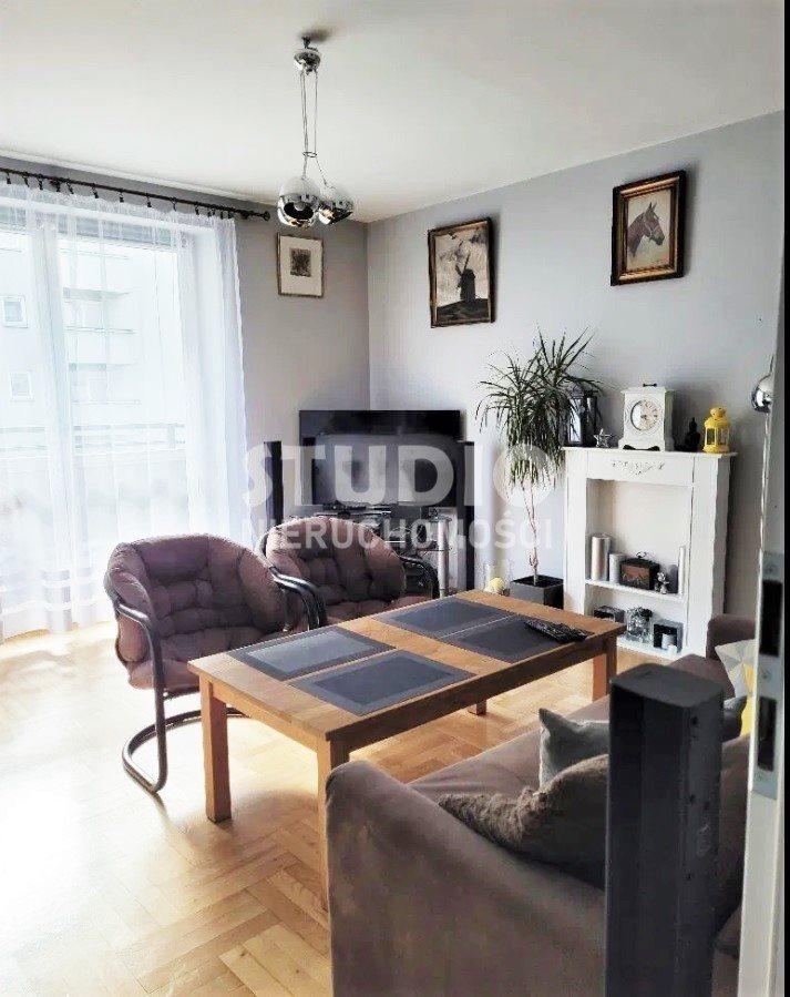 Mieszkanie trzypokojowe na sprzedaż Kraków, Krowodrza, gen. Augusta Fieldorfa-Nila  65m2 Foto 2