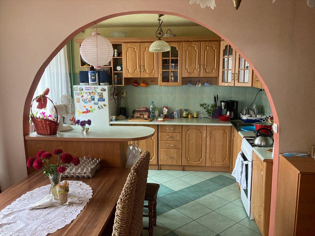 Mieszkanie czteropokojowe  na sprzedaż Wołczyn, Opolska  85m2 Foto 1