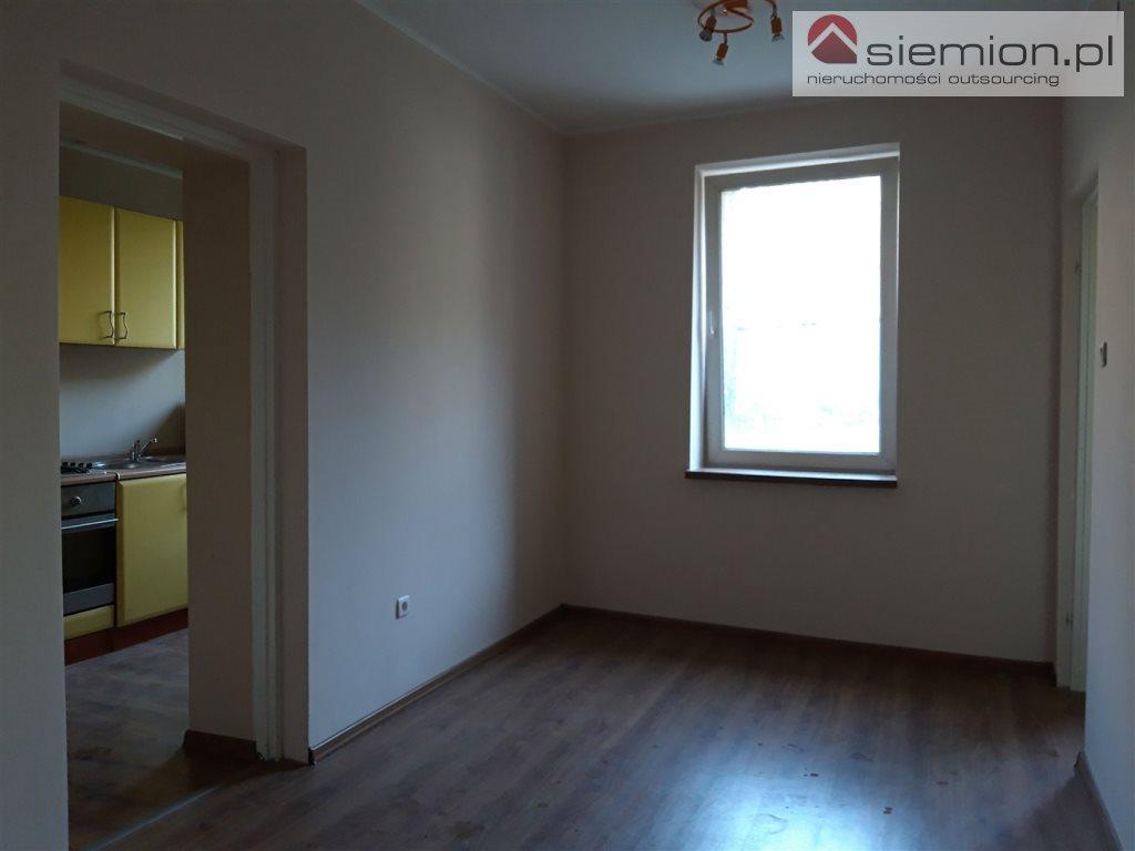 Mieszkanie dwupokojowe na wynajem Świętochłowice, Centrum  40m2 Foto 1