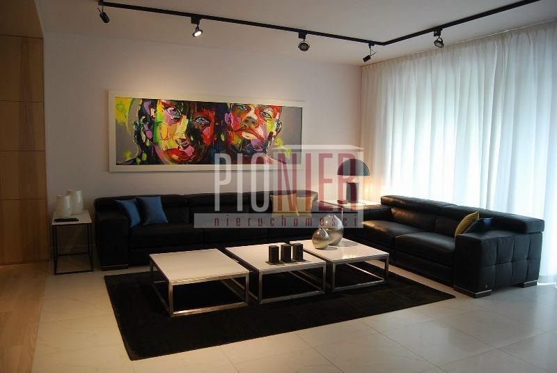 Dom na sprzedaż Pilchowo  245m2 Foto 1