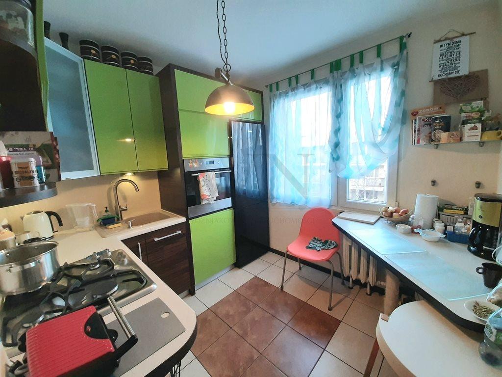 Mieszkanie trzypokojowe na sprzedaż Częstochowa, Zawodzie  63m2 Foto 3
