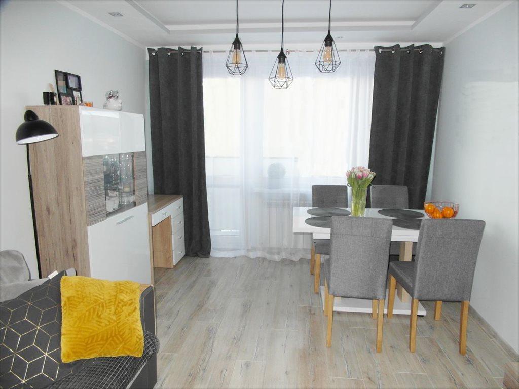 Mieszkanie trzypokojowe na sprzedaż Grudziądz, Tarpno  48m2 Foto 1