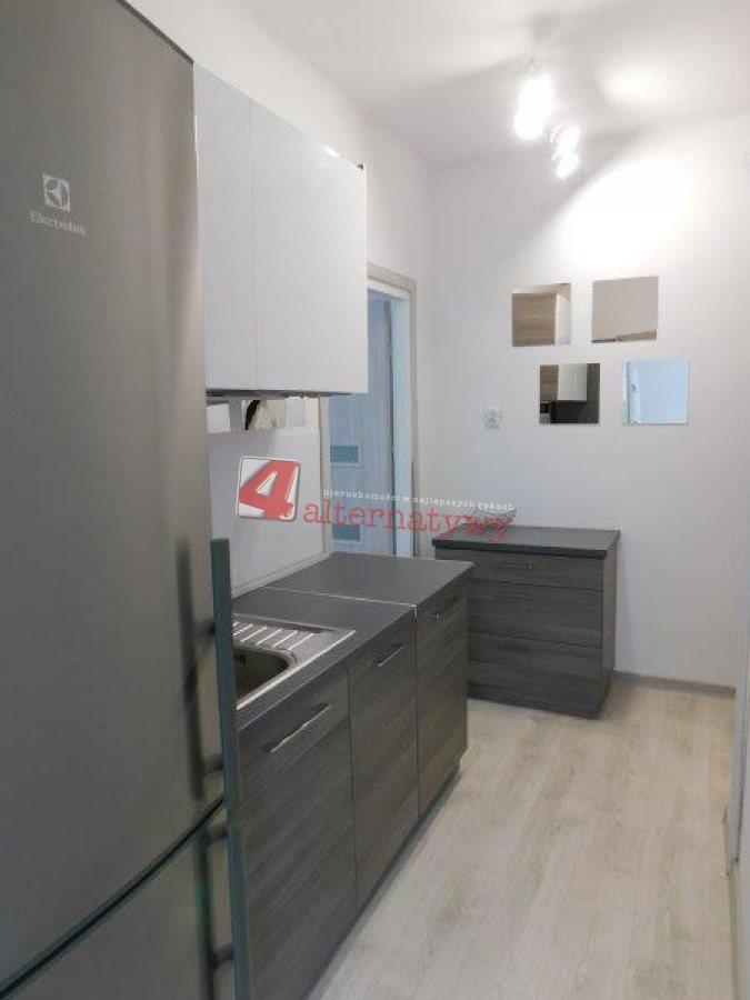 Mieszkanie dwupokojowe na wynajem Tarnów, Centrum, Kołłątaja  36m2 Foto 10