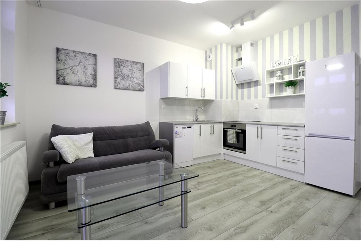 Mieszkanie trzypokojowe na wynajem Rzeszów, Rzeszów, bł. Karoliny  53m2 Foto 1