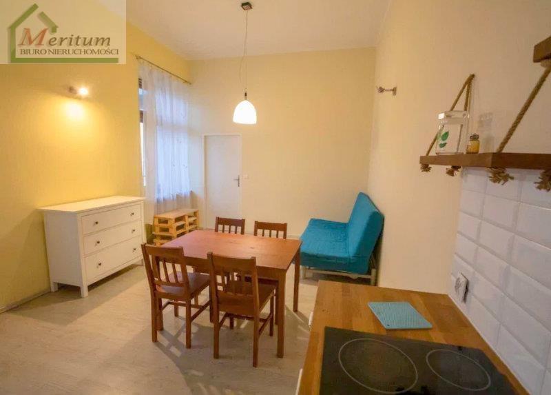 Mieszkanie dwupokojowe na sprzedaż Nowy Sącz, Centrum  42m2 Foto 2