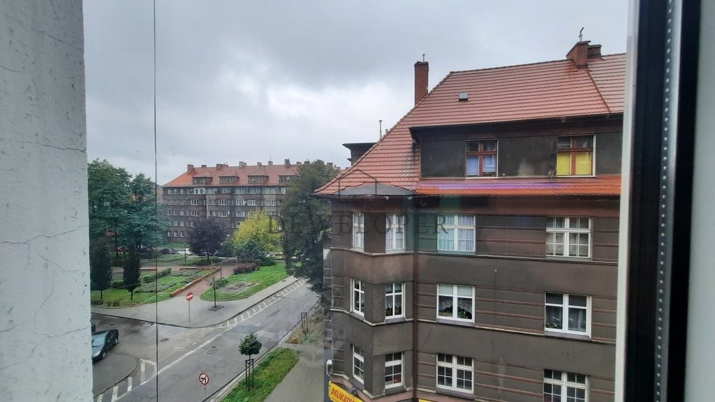 Mieszkanie dwupokojowe na sprzedaż Bytom, Juliana Fałata  70m2 Foto 2