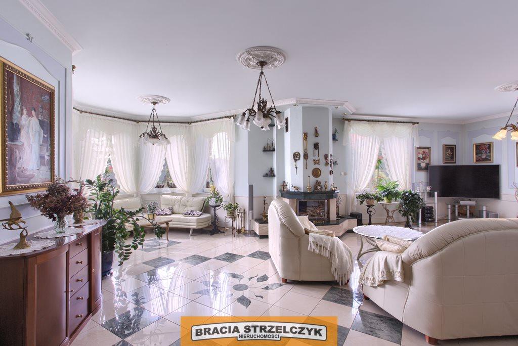 Dom na sprzedaż Wilcza Góra  380m2 Foto 1