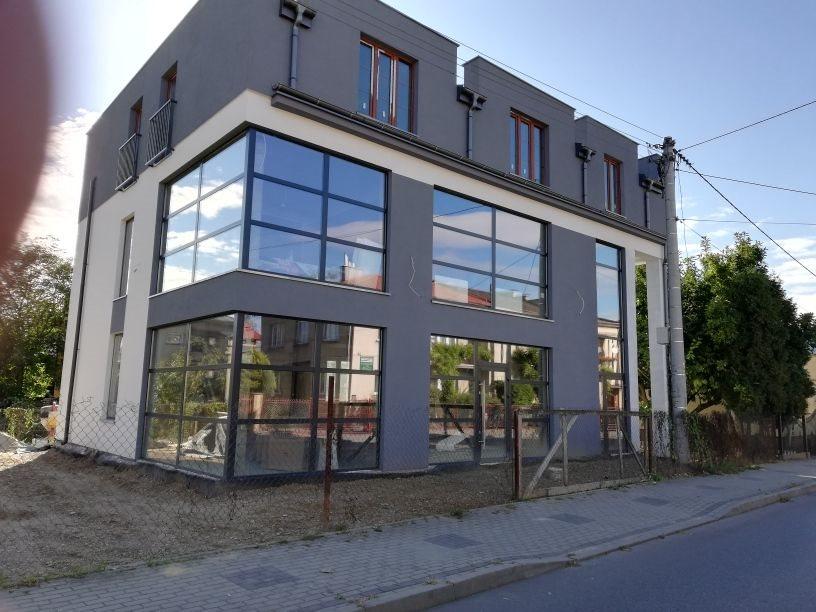 Lokal użytkowy na wynajem Jasło, Szajnochy  200m2 Foto 1