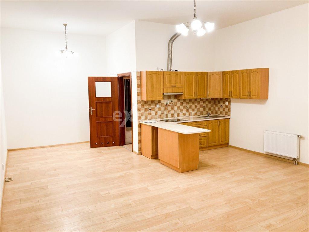 Mieszkanie dwupokojowe na sprzedaż Częstochowa, Garibaldiego  60m2 Foto 3
