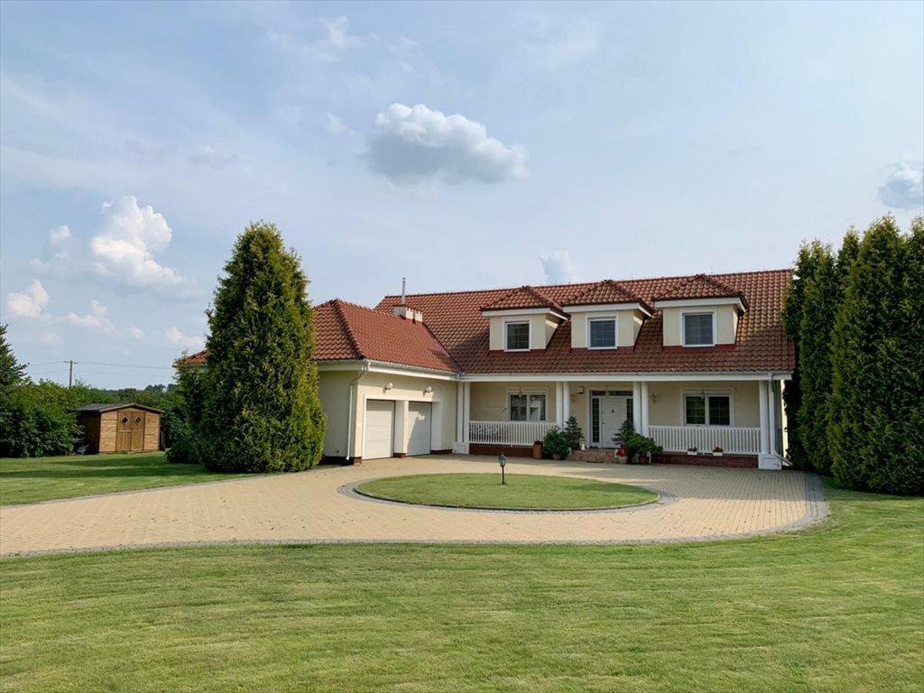 Dom na sprzedaż Postołowo  420m2 Foto 1