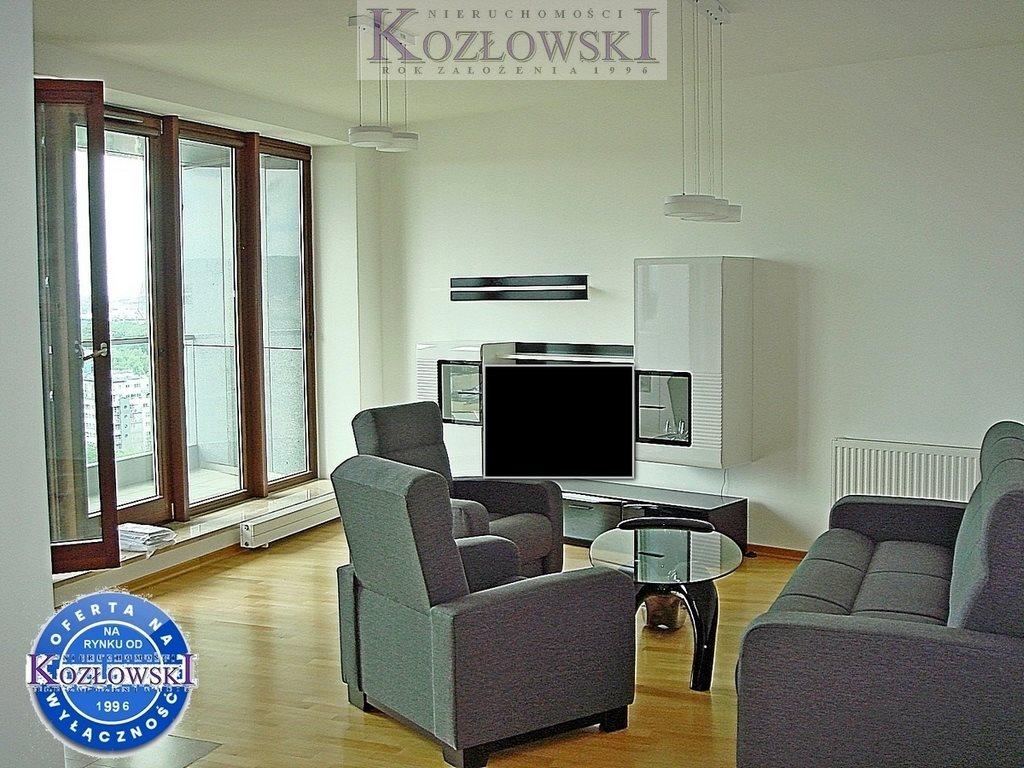 Mieszkanie trzypokojowe na wynajem Gdynia, Śródmieście, A. Hryniewickiego  78m2 Foto 2