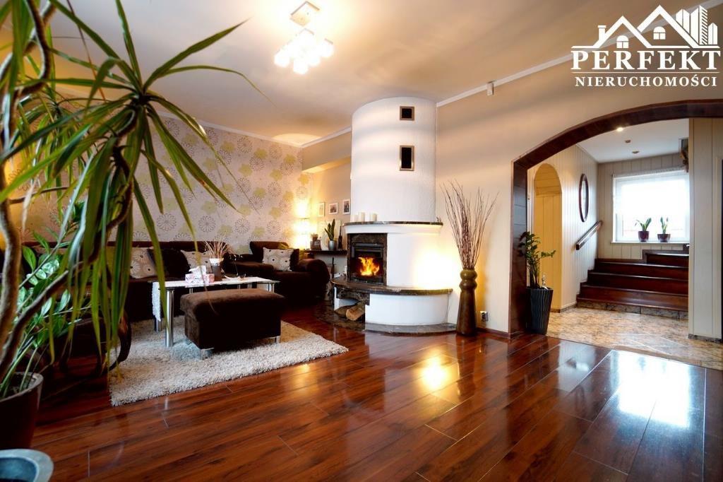 Dom na sprzedaż Inowrocław  250m2 Foto 1