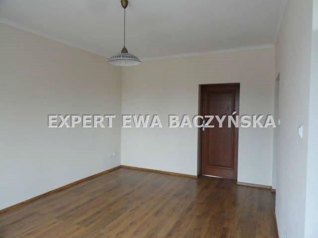 Mieszkanie dwupokojowe na wynajem Częstochowa, Centrum  49m2 Foto 4