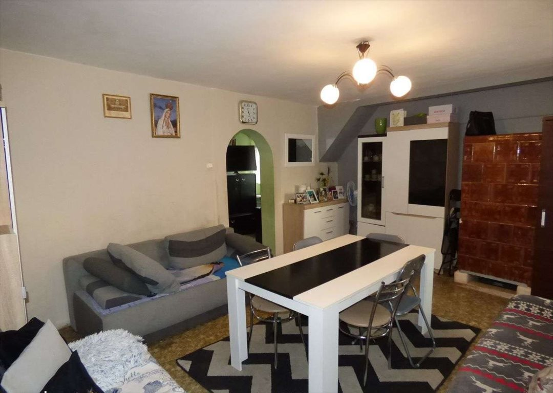 Mieszkanie dwupokojowe na sprzedaż Kluczbork  57m2 Foto 2