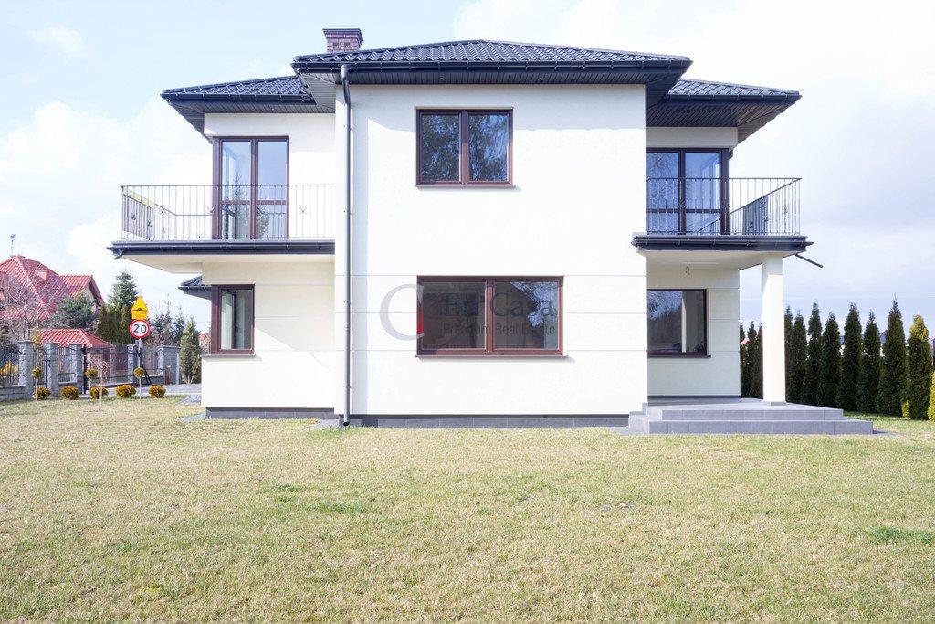 Dom na sprzedaż Kajetany  260m2 Foto 1