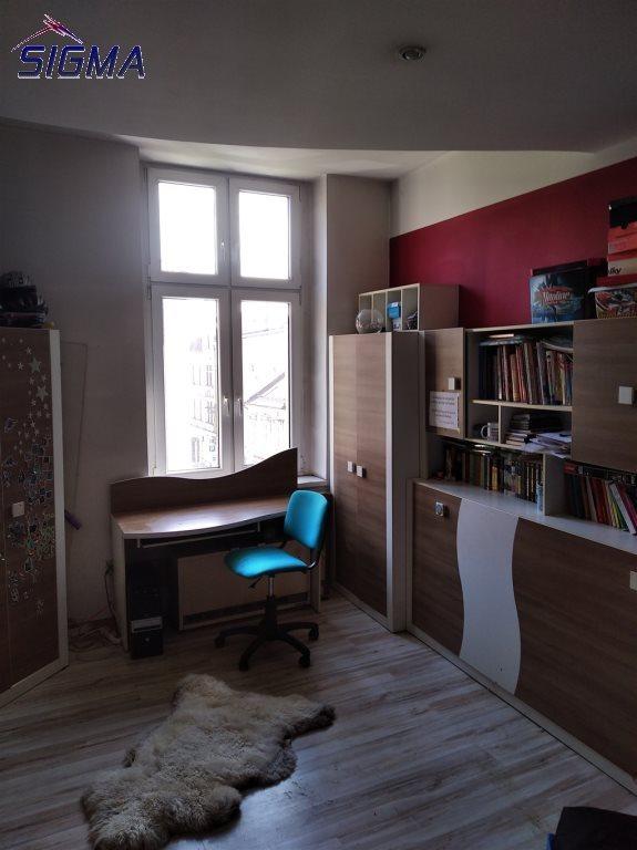 Mieszkanie trzypokojowe na sprzedaż Bytom, Centrum  88m2 Foto 3
