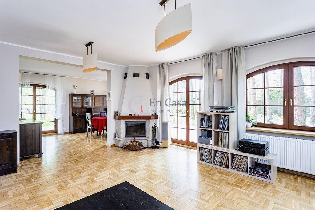 Dom na sprzedaż Henryków-Urocze  279m2 Foto 1