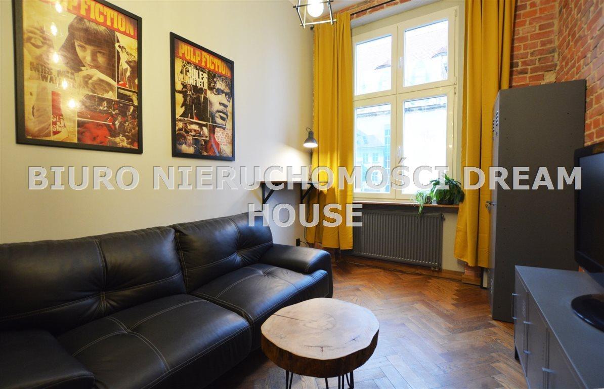 Mieszkanie dwupokojowe na wynajem Bydgoszcz, Śródmieście  29m2 Foto 2