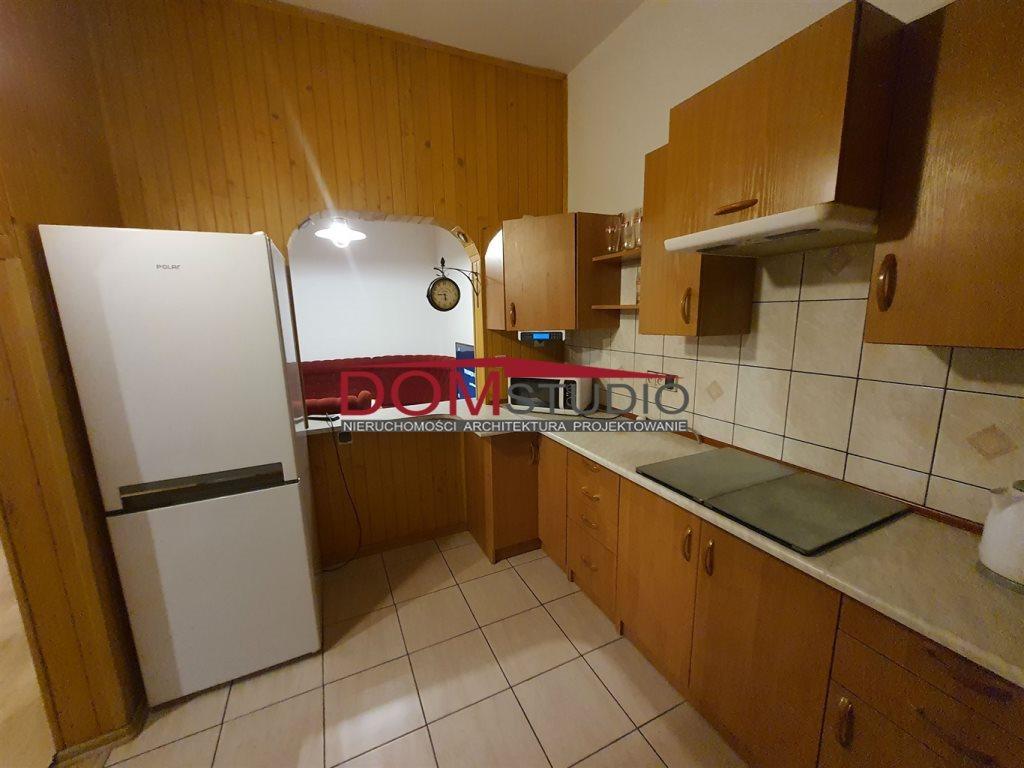 Mieszkanie trzypokojowe na wynajem Gliwice, Łabędy  90m2 Foto 2