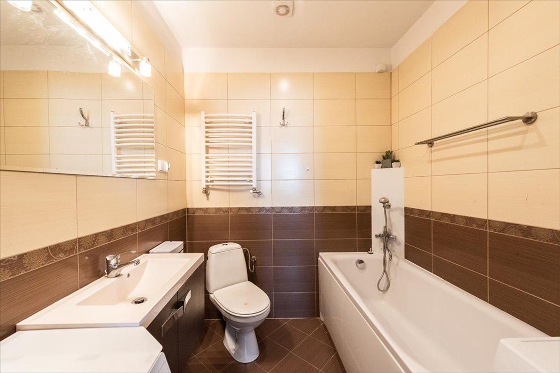 Mieszkanie trzypokojowe na sprzedaż Bielsko-Biała, Bielsko-Biała  74m2 Foto 9