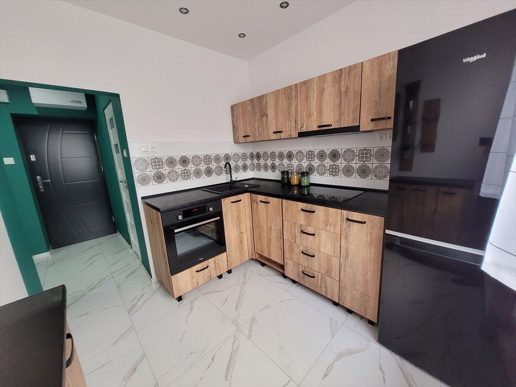 Mieszkanie dwupokojowe na sprzedaż Ruda Śląska, Nowy Bytom, Nowy Bytom, Pokoju 7a  50m2 Foto 1