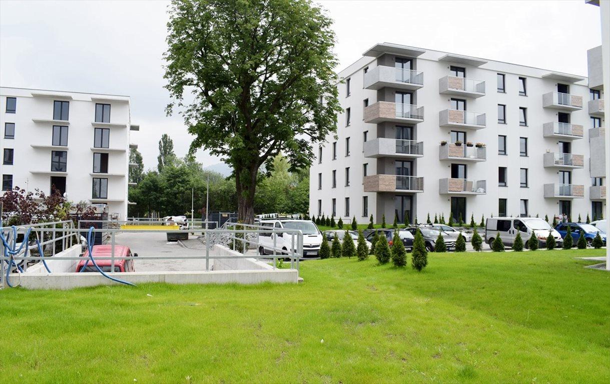 Mieszkanie trzypokojowe na sprzedaż Bielsko-Biała, Lipnik  69m2 Foto 2