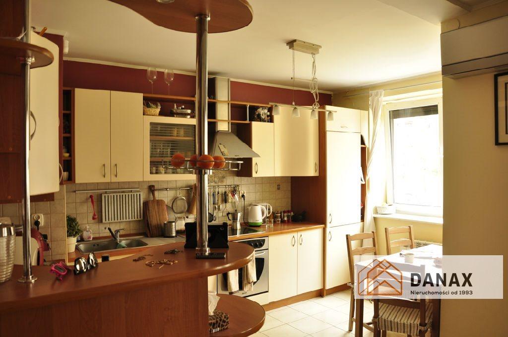 Mieszkanie trzypokojowe na sprzedaż Kraków, Krowodrza, Żabiniec, Frycza-Modrzewskiego  70m2 Foto 1