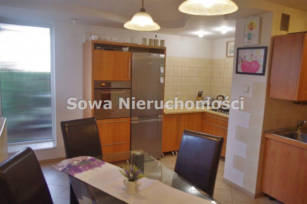 Mieszkanie dwupokojowe na sprzedaż Jelenia Góra, Śródmieście  69m2 Foto 3
