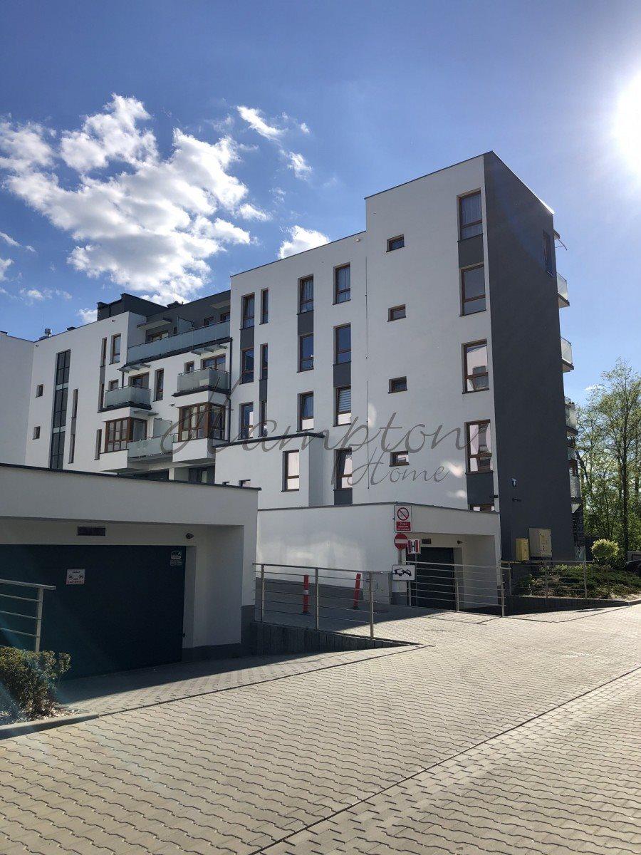 Mieszkanie czteropokojowe  na sprzedaż Grodzisk Mazowiecki  82m2 Foto 1