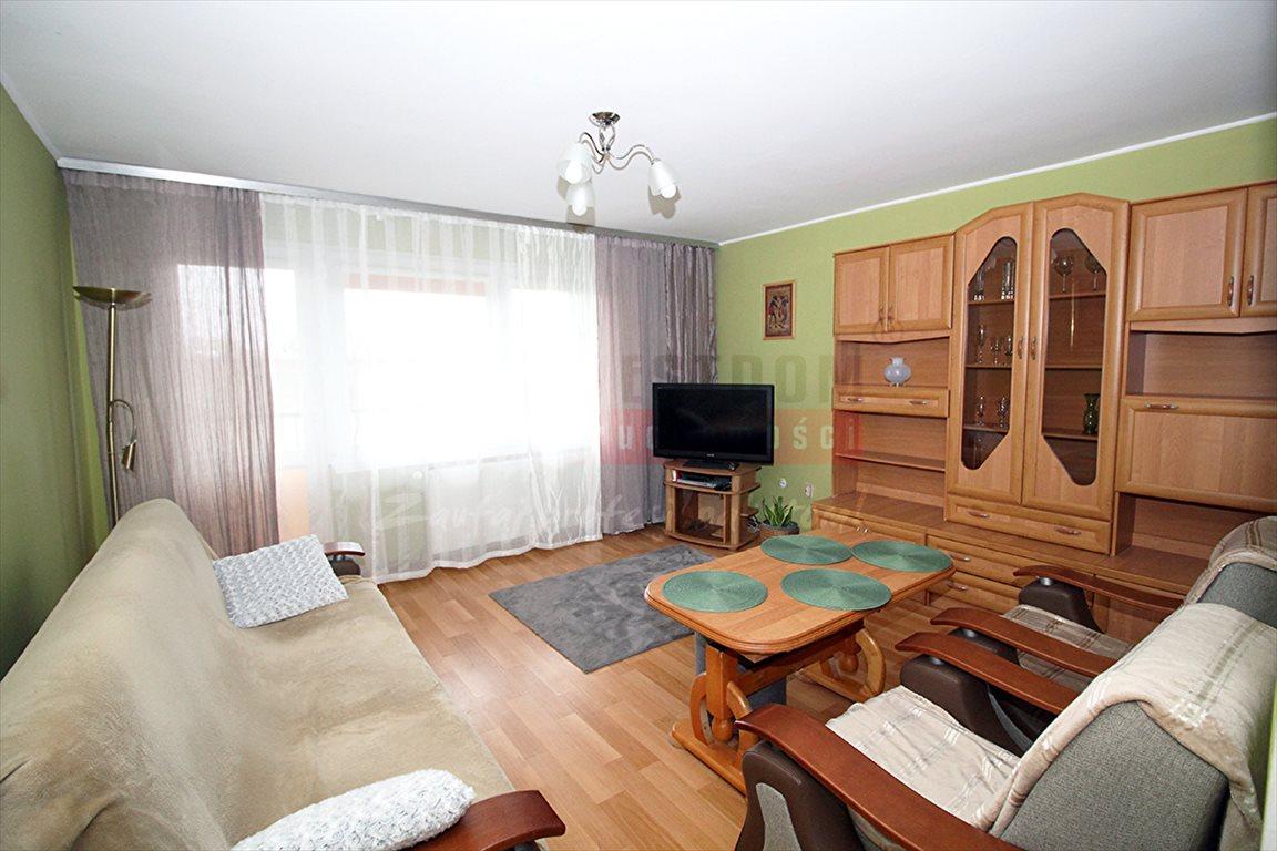 Mieszkanie czteropokojowe  na sprzedaż Kluczbork  74m2 Foto 4