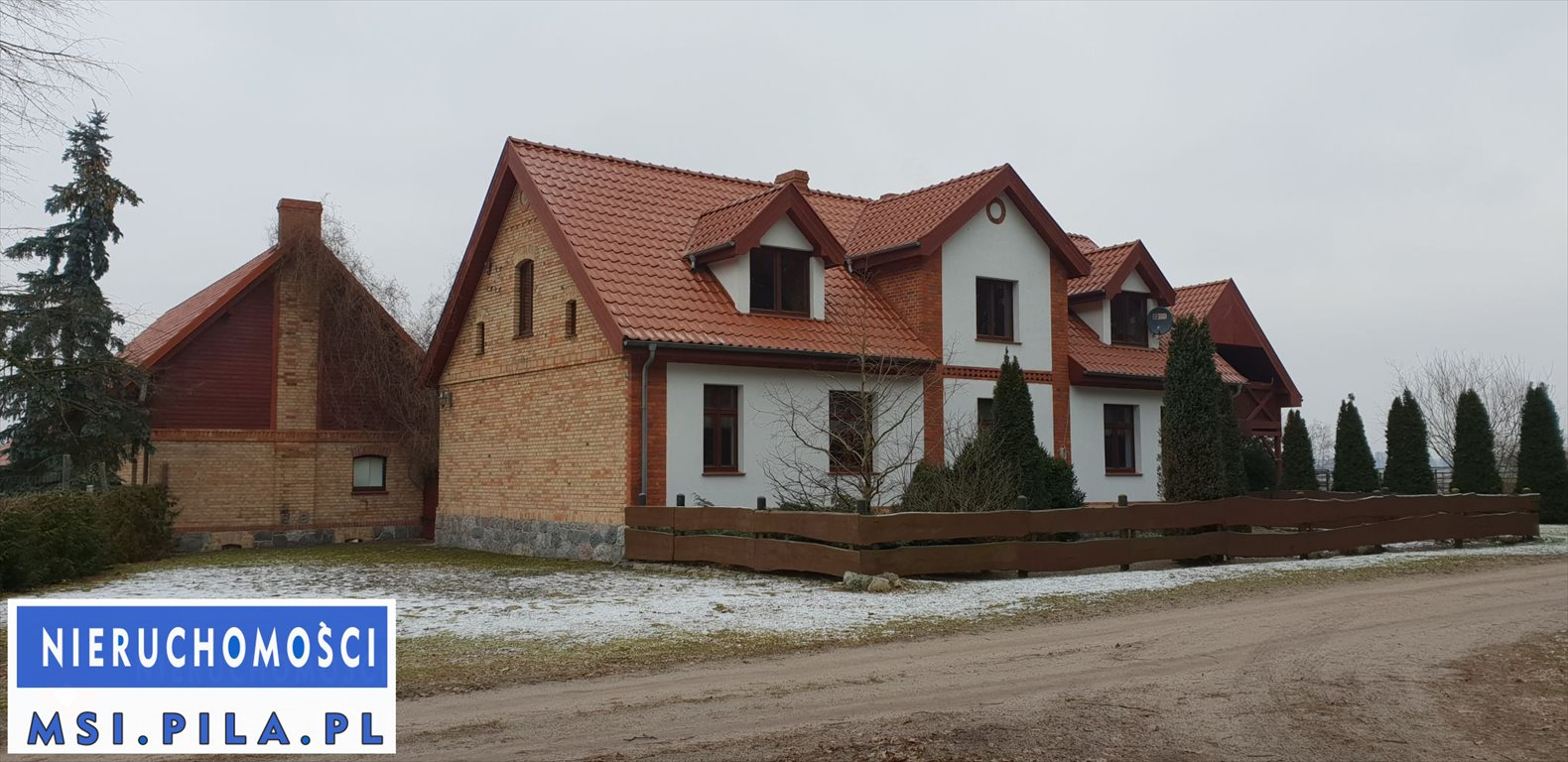 Dom na sprzedaż Czarnków  288m2 Foto 1
