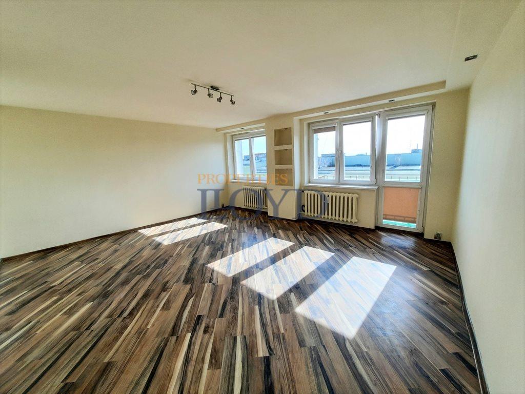 Mieszkanie dwupokojowe na sprzedaż Poddębice, Przejazd  51m2 Foto 1