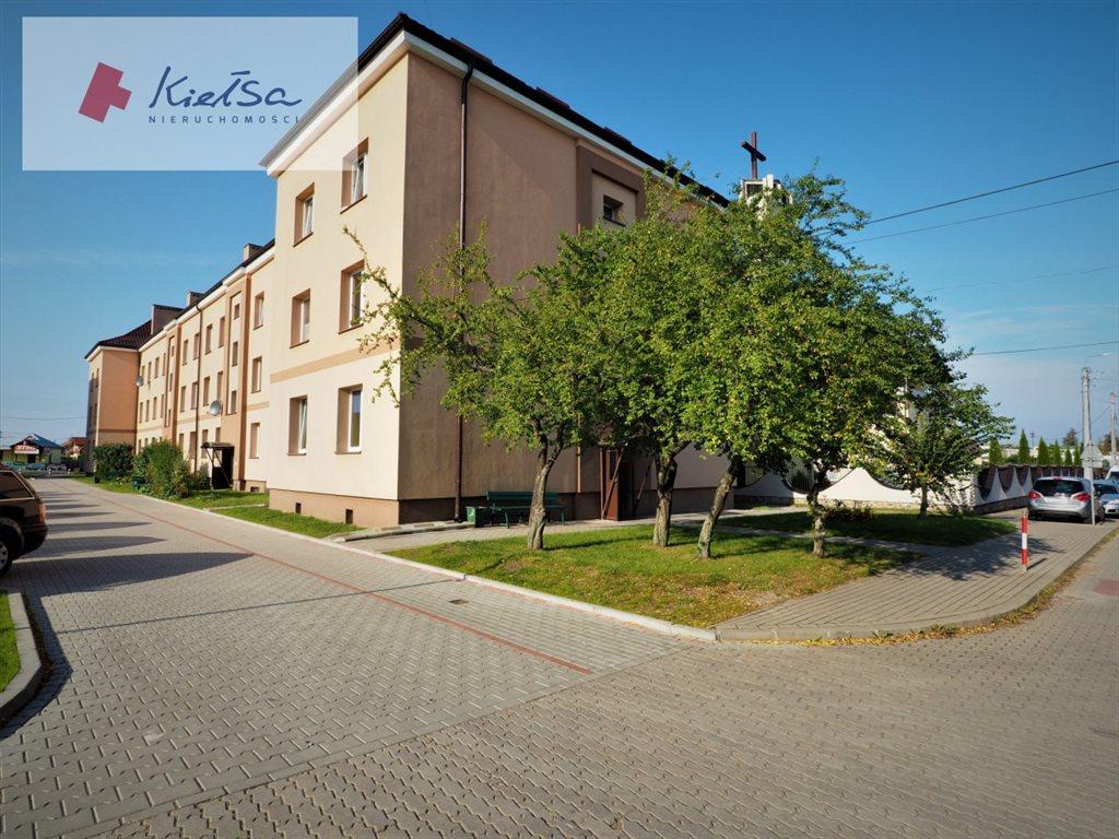 Mieszkanie dwupokojowe na sprzedaż Czarna Białostocka, Żeromskiego  35m2 Foto 1