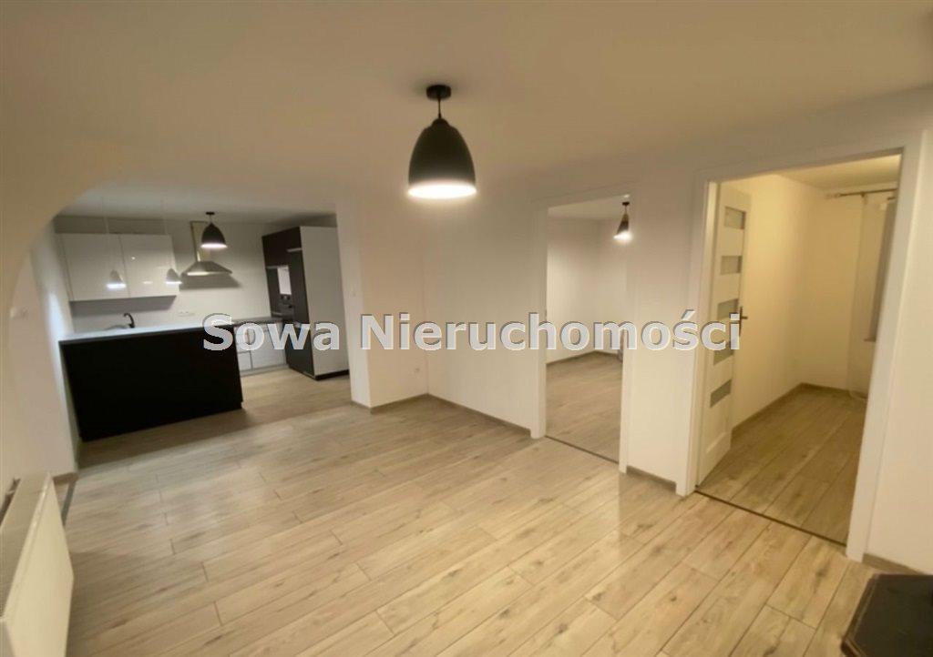 Mieszkanie czteropokojowe  na sprzedaż Jelenia Góra, Centrum  114m2 Foto 1