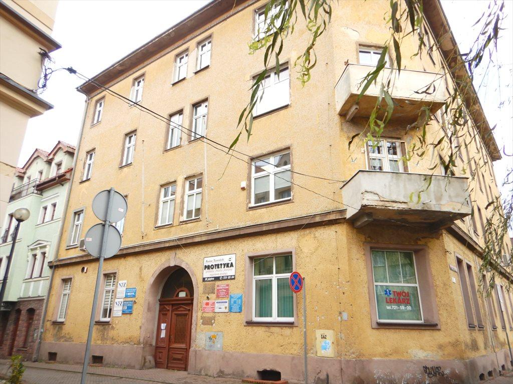 Lokal użytkowy na sprzedaż Lubań, Plac Okrzei  23m2 Foto 6