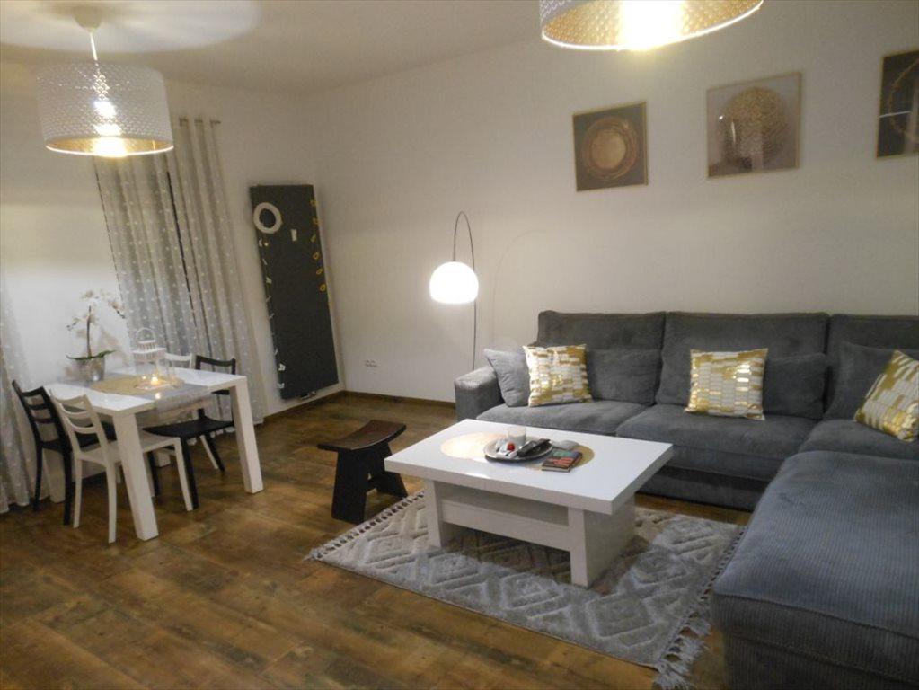 Mieszkanie trzypokojowe na wynajem Gliwice, Szobiszowice  74m2 Foto 1